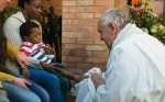 Pope_Francis_Washes_Feet_of_Prisoners